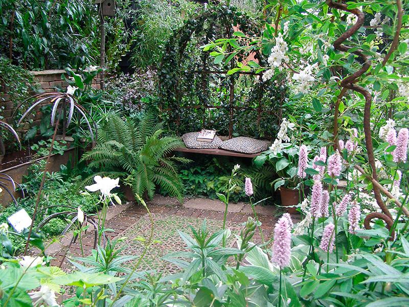 Massifs rosier pour des jardins l 39 anglaise reposants for Deco jardin anglais